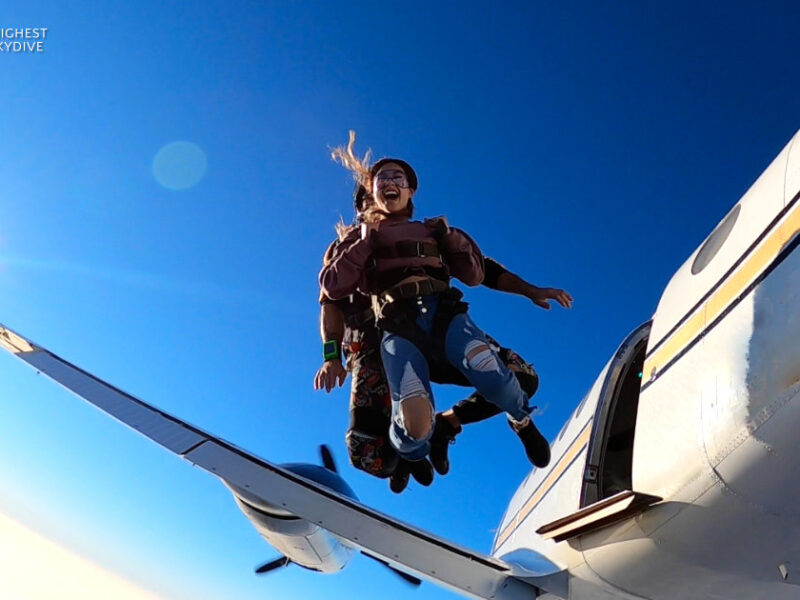Everything You Need to Know  About Tandem Skydiving